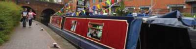 Narrowboat Islonian